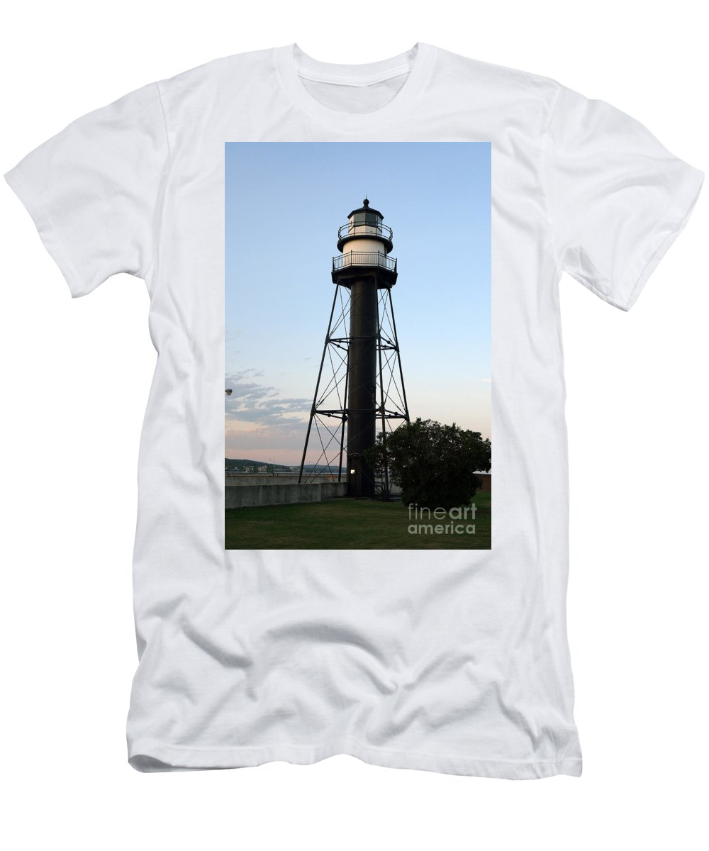 Lighthouses Men's T-Shirt (Athletic Fit) featuring the photograph Lighthouse by Lori Tordsen
