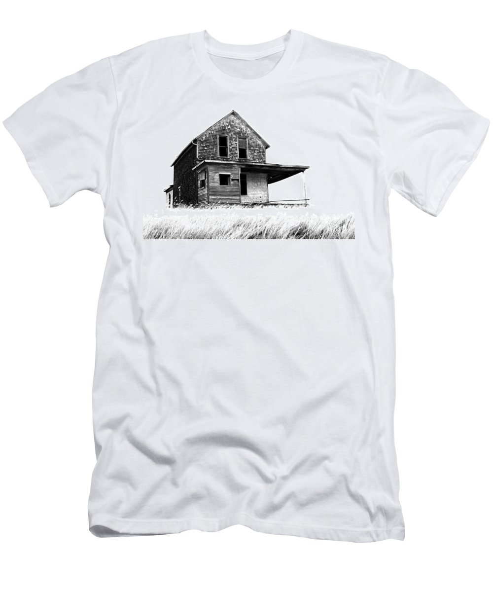 House Men's T-Shirt (Athletic Fit) featuring the photograph Abandoned And Alone 2 by Bob Christopher