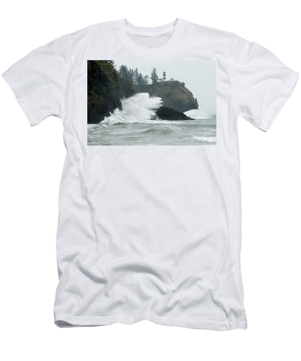 Pacific Ocean Men's T-Shirt (Athletic Fit) featuring the photograph Cape Disappointment Lighthouse by Bob Christopher