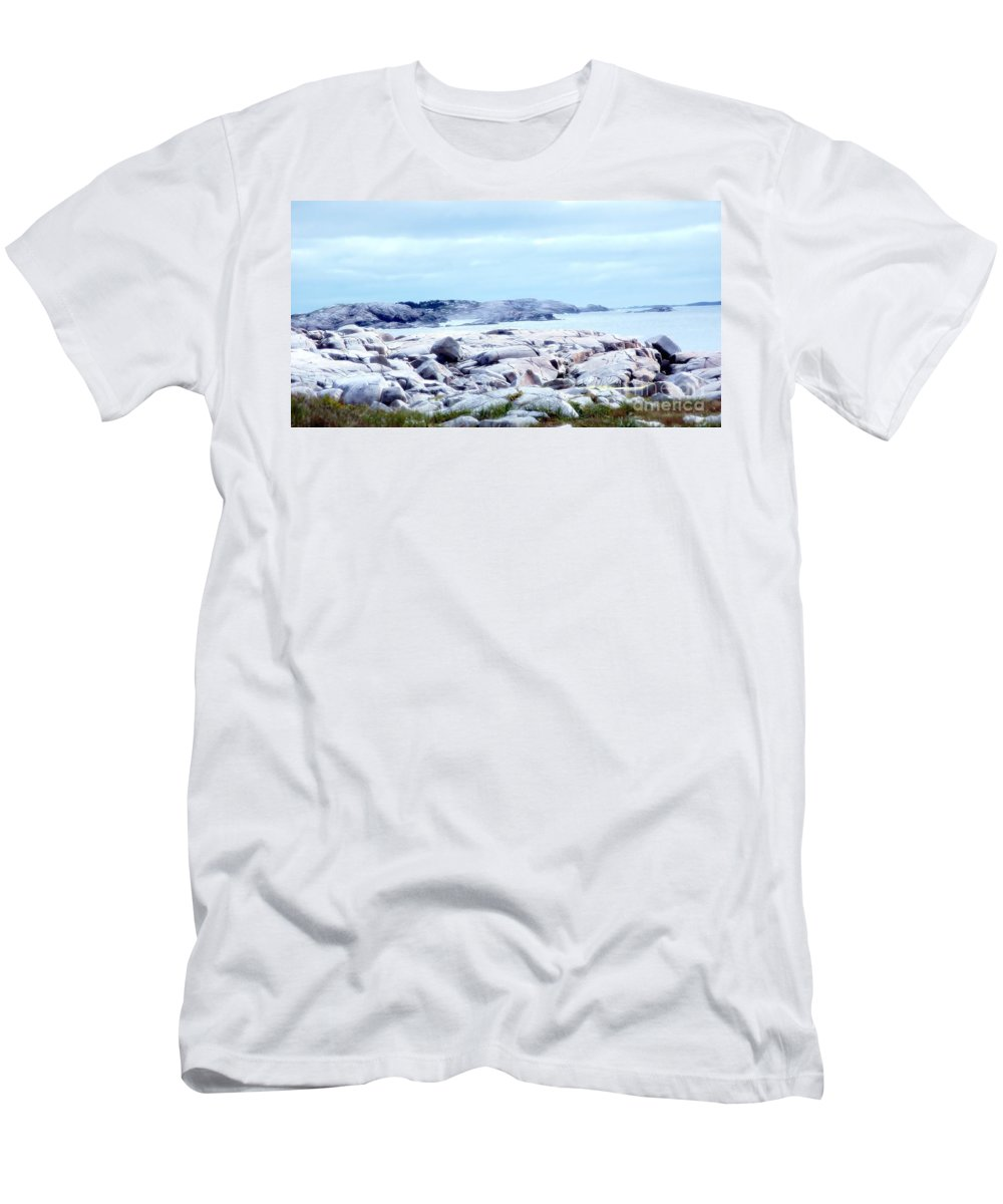 Dreamy Men's T-Shirt (Athletic Fit) featuring the photograph Dreamy Coastal Scene by Kathleen Struckle