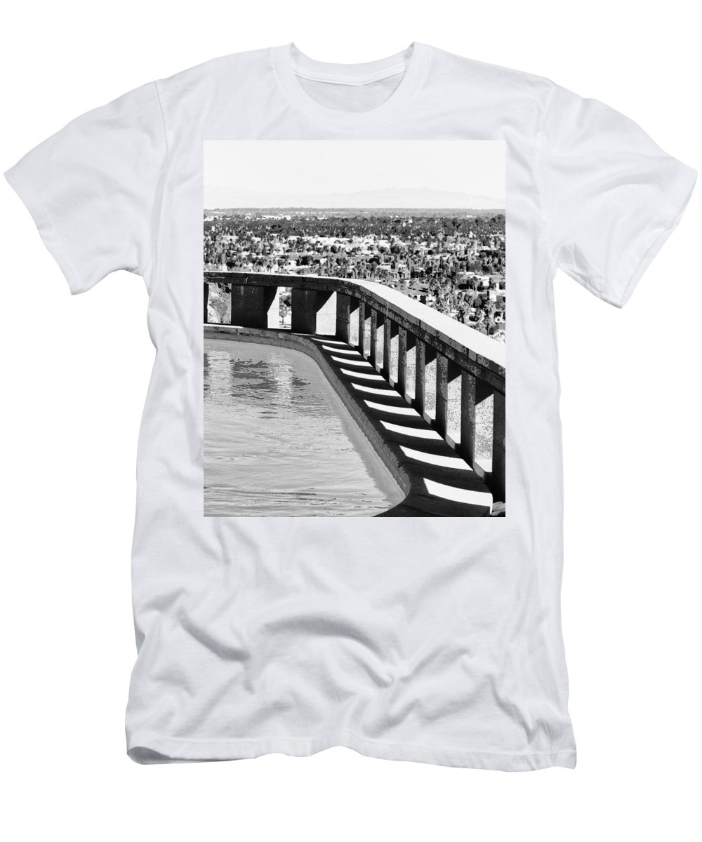 Frey Men's T-Shirt (Athletic Fit) featuring the photograph Frey Pool Bw Palm Springs by William Dey