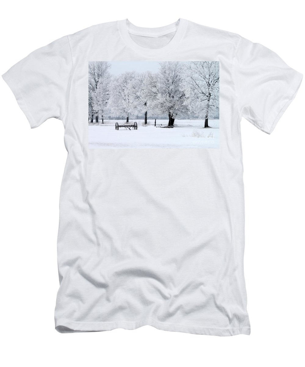 Frosty Men's T-Shirt (Athletic Fit) featuring the photograph Frosty Morning On Old Wagon Wheels by Jack Schultz