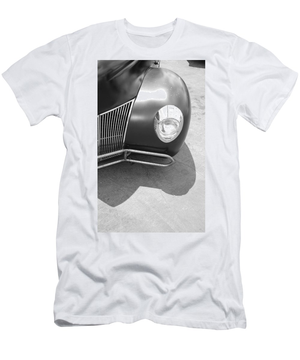 Hot Rod Men's T-Shirt (Athletic Fit) featuring the photograph Hot Rod Grill by Rob Hans