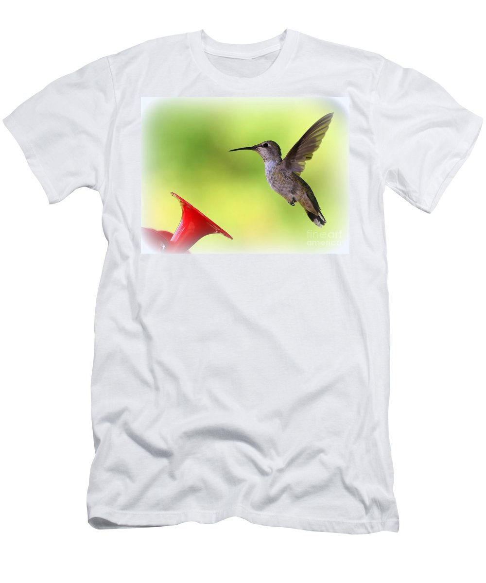 Hummingbird Men's T-Shirt (Athletic Fit) featuring the photograph Hummingbird Posture by Carol Groenen