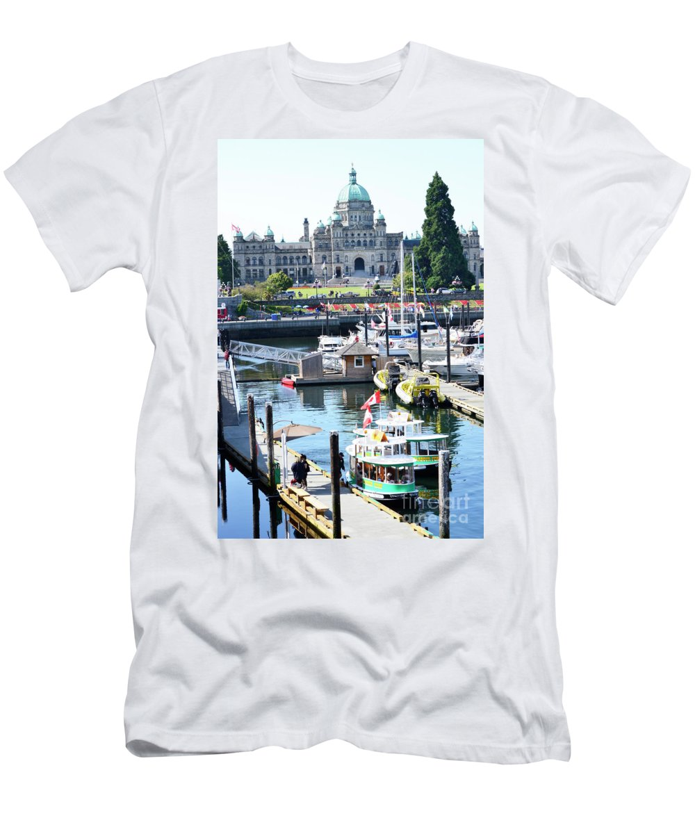 British Columbia Men's T-Shirt (Athletic Fit) featuring the photograph Inner Harbour4 by Traci Cottingham