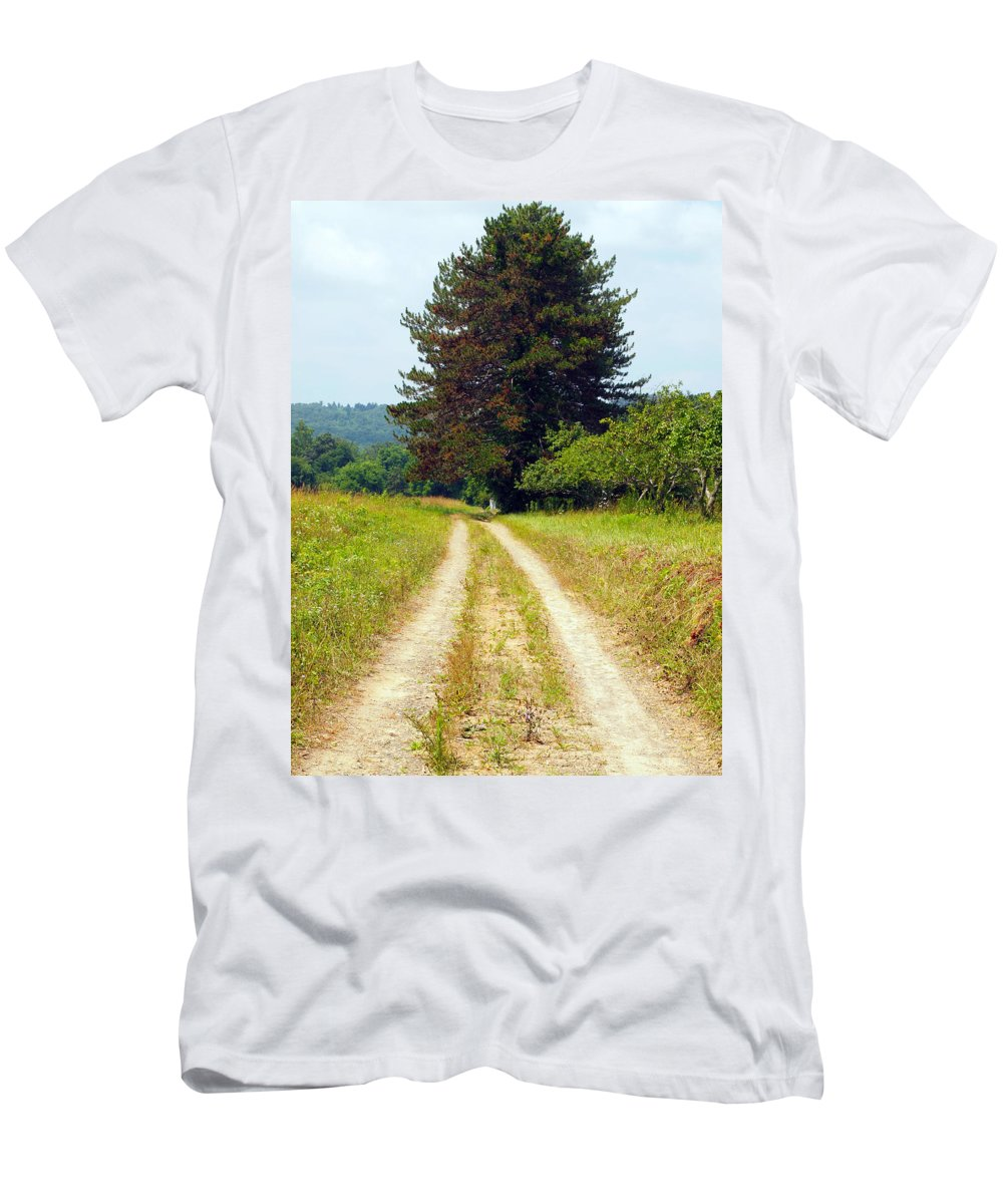 Farm Animals Men's T-Shirt (Athletic Fit) featuring the photograph Last Of The Great Trees by Robert Margetts