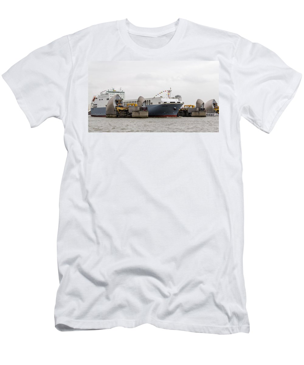 Cldn Men's T-Shirt (Athletic Fit) featuring the photograph Ms Adeline by Dawn OConnor