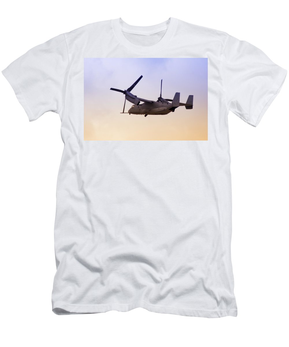 Advanced Men's T-Shirt (Athletic Fit) featuring the photograph Osprey In Flight Iv by Ricky Barnard