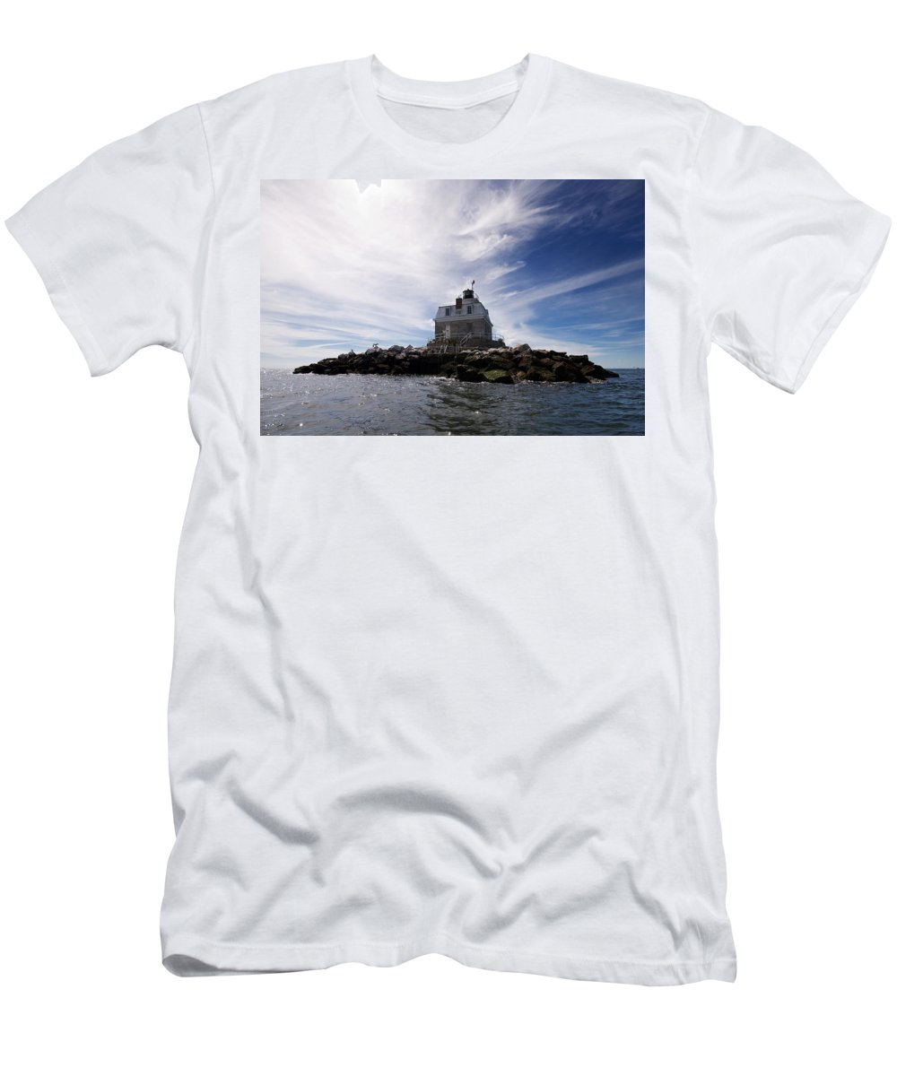 Lighthouse Men's T-Shirt (Athletic Fit) featuring the photograph Penfield Reef Lighthouse by Stephanie McDowell