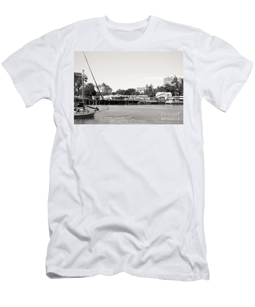 Dragon Boat Races Men's T-Shirt (Athletic Fit) featuring the photograph Sail Away by Traci Cottingham