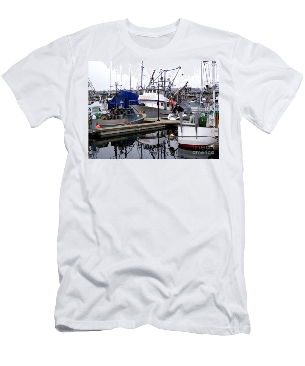 Fisherman Men's T-Shirt (Athletic Fit) featuring the photograph Seattle Fishermans Terminal by Kathy White