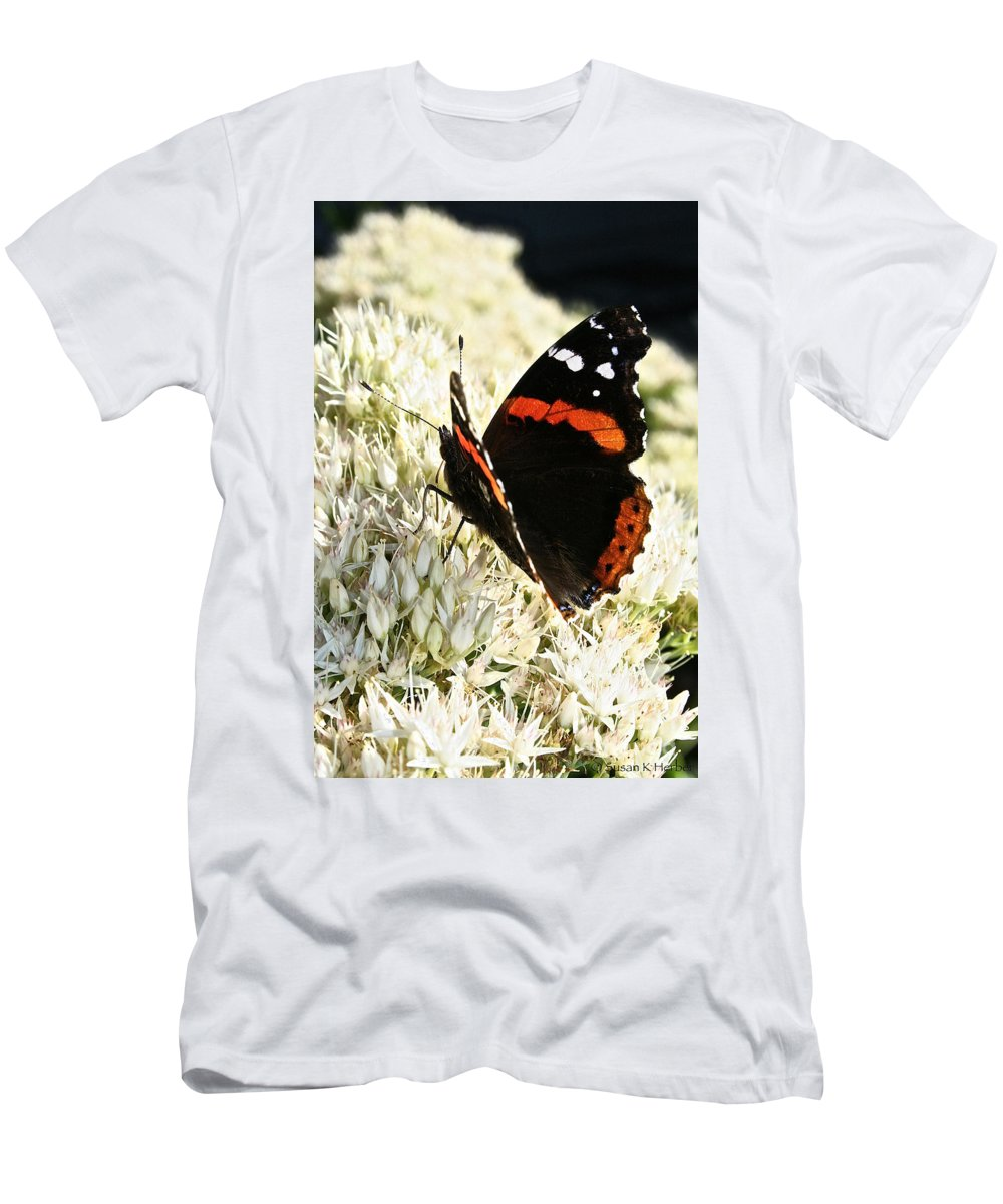 Outdoors Men's T-Shirt (Athletic Fit) featuring the photograph Splendid Specimen by Susan Herber