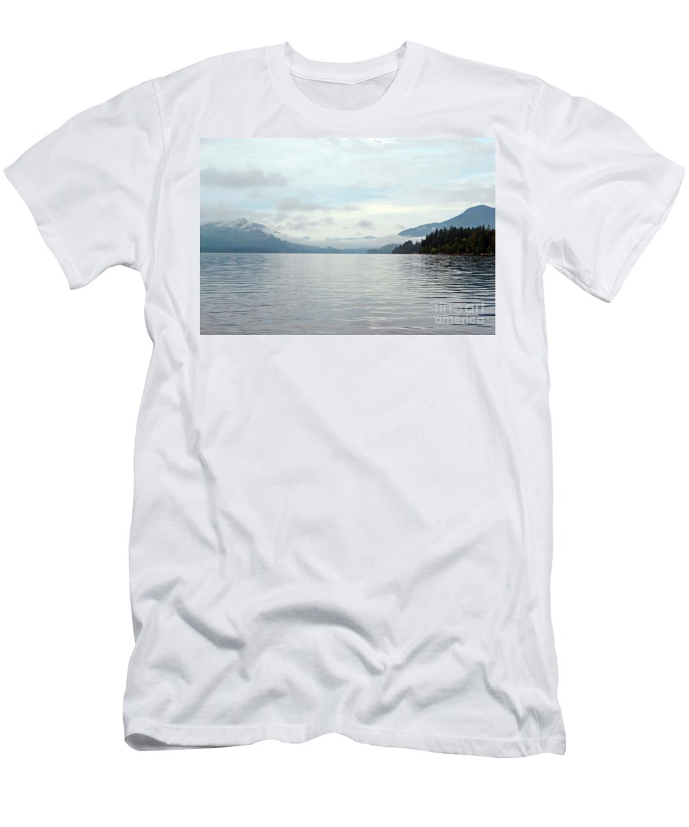 Ocean Men's T-Shirt (Athletic Fit) featuring the photograph Sunrise4 by Traci Cottingham
