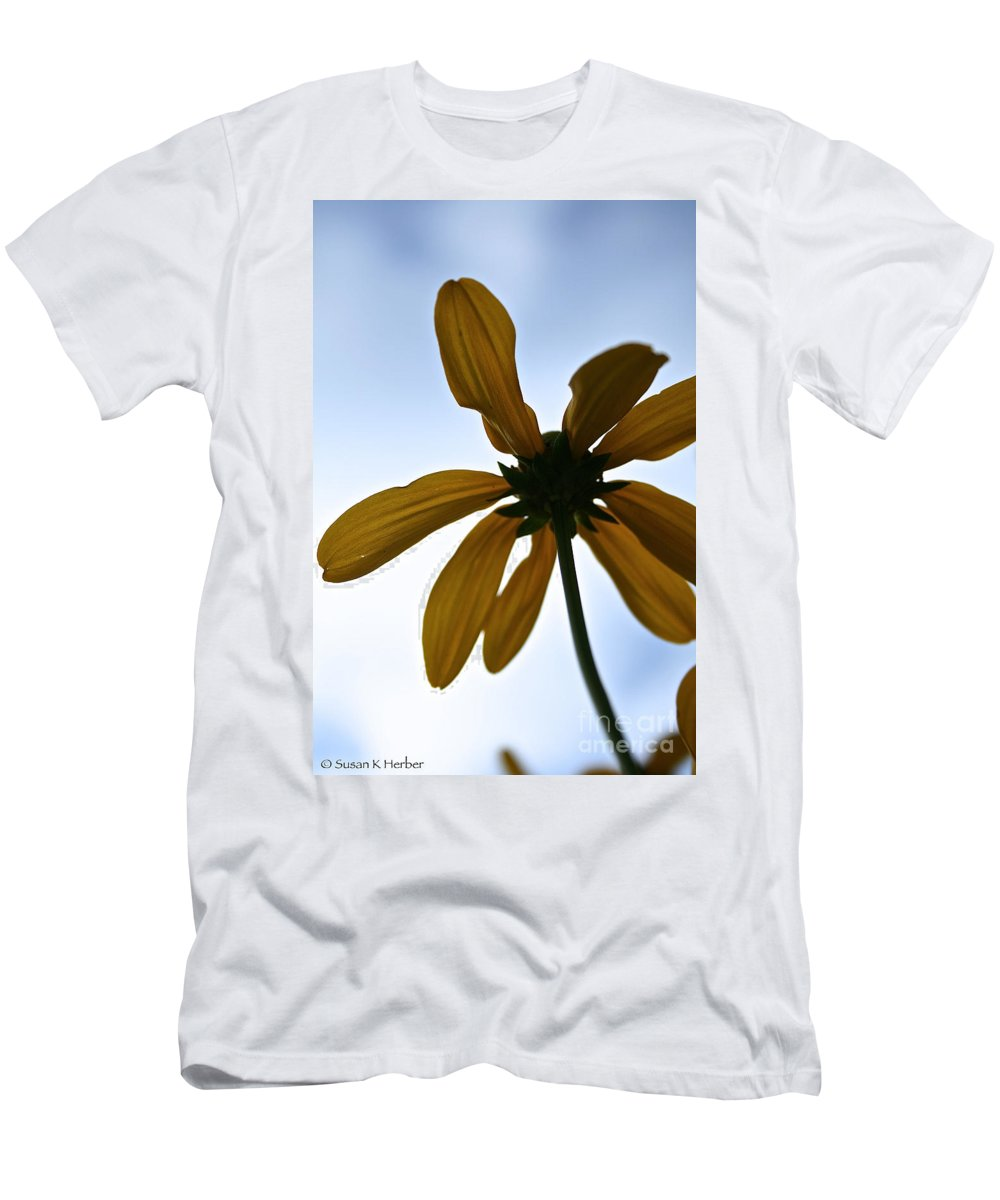 Plant Men's T-Shirt (Athletic Fit) featuring the photograph Sunstar by Susan Herber