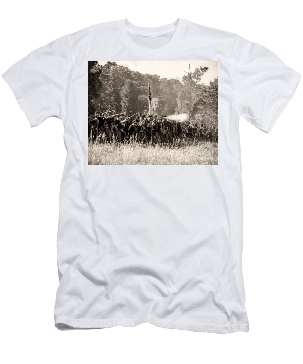150th Men's T-Shirt (Athletic Fit) featuring the photograph Gettysburg Union Infantry 9372s by Cynthia Staley