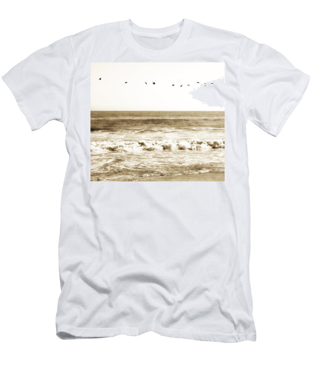 Bird Men's T-Shirt (Athletic Fit) featuring the photograph Flying High by Marilyn Hunt