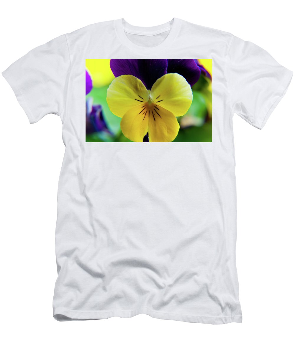 Flowers Men's T-Shirt (Athletic Fit) featuring the photograph The Face Of A Pansy by Brenda Jacobs