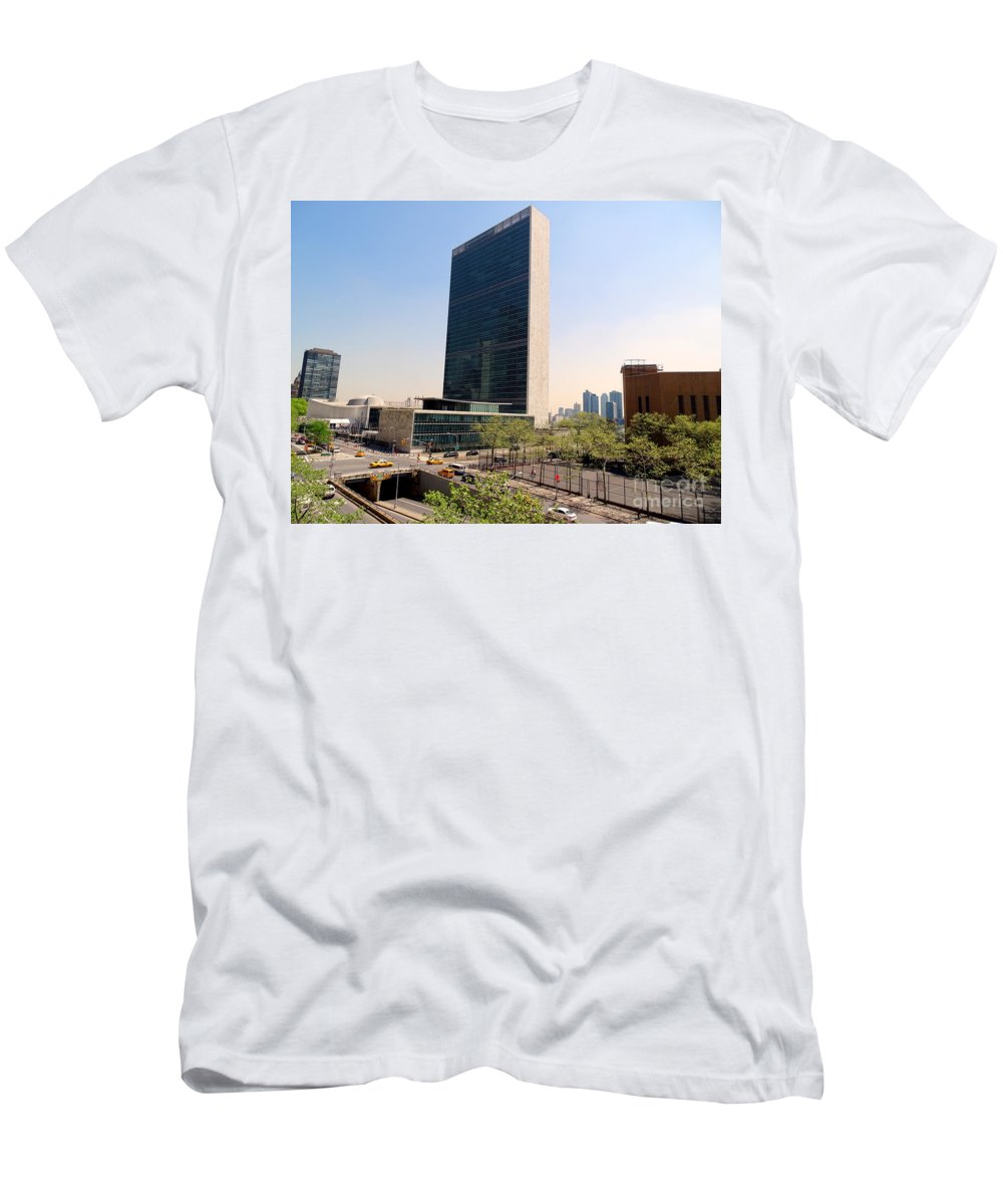 Nyc Men's T-Shirt (Athletic Fit) featuring the photograph The United Nations by Ed Weidman