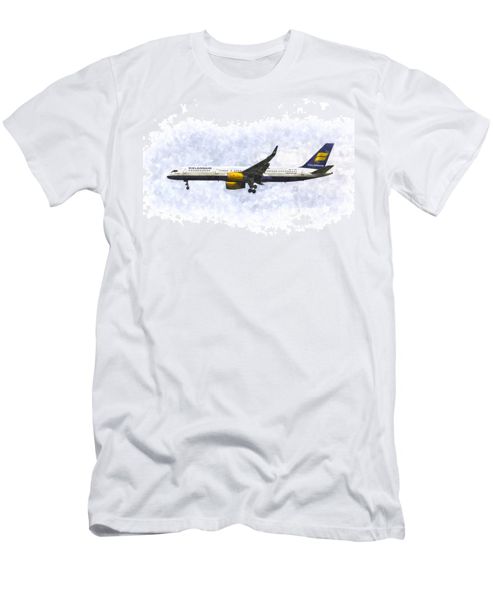Iceland Men's T-Shirt (Athletic Fit) featuring the photograph Icelandair Boeing 757 Art by David Pyatt