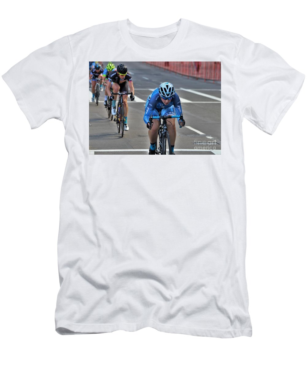 Longsjo Classic Men's T-Shirt (Athletic Fit) featuring the photograph Fearless Femme Racing by Donn Ingemie