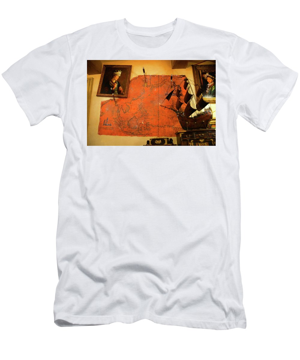 Map Men's T-Shirt (Athletic Fit) featuring the photograph A Pirates Map Room by David Lee Thompson