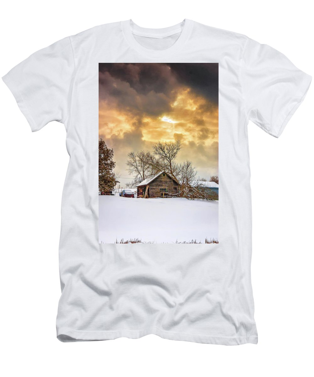 Winter Men's T-Shirt (Athletic Fit) featuring the photograph A Winter Eve by Steve Harrington