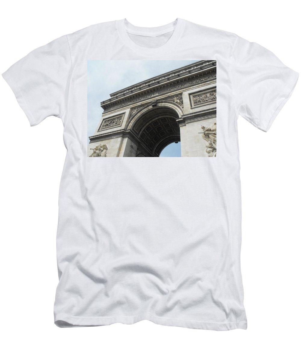 Arc De Triomphe Men's T-Shirt (Athletic Fit) featuring the photograph Arc De Triomphe, Paris, France by Wendy Davies