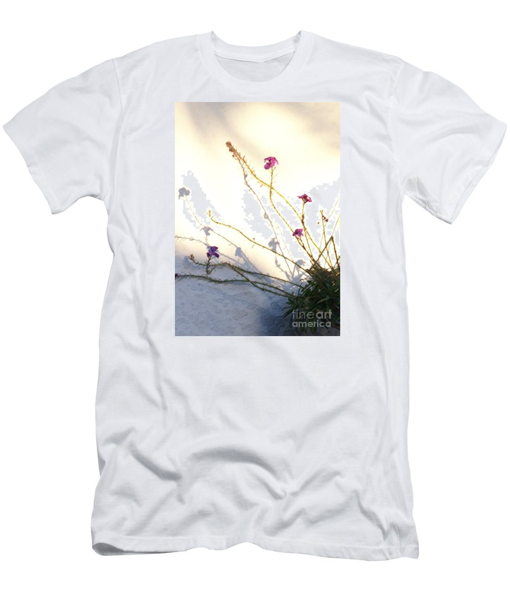 Plant Men's T-Shirt (Athletic Fit) featuring the photograph Aspire by Linda Shafer