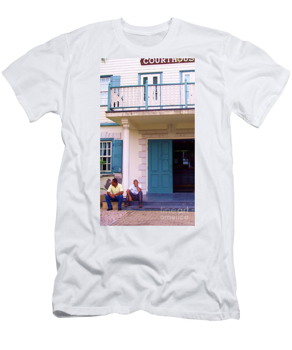 Building Men's T-Shirt (Athletic Fit) featuring the photograph Bad Day In Court by Debbi Granruth
