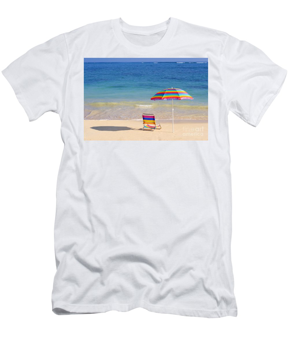 Afternoon Men's T-Shirt (Athletic Fit) featuring the photograph Beach Chair by Tomas del Amo - Printscapes