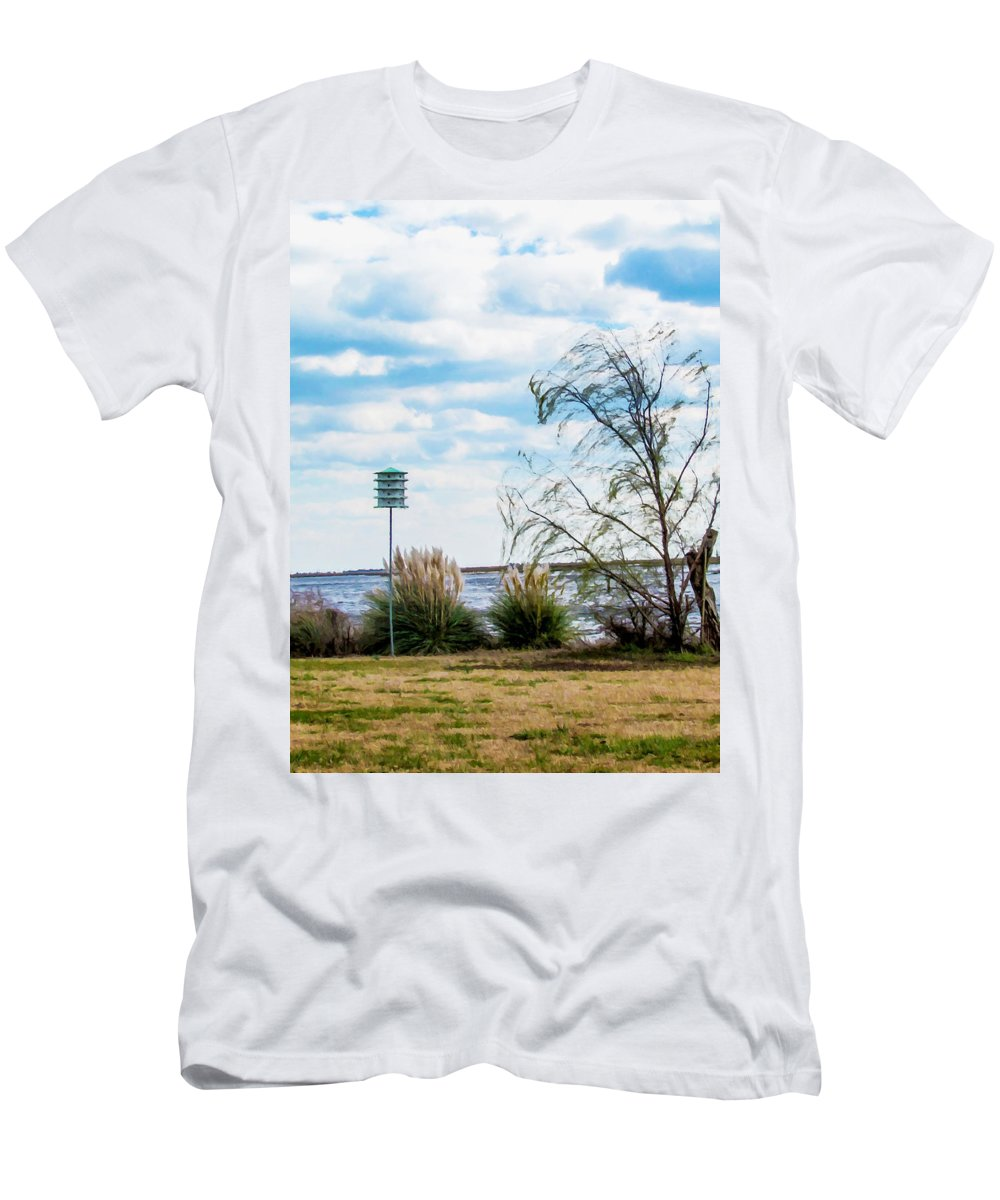 Swansboro Men's T-Shirt (Athletic Fit) featuring the painting Bird House On The Lake by Jeelan Clark