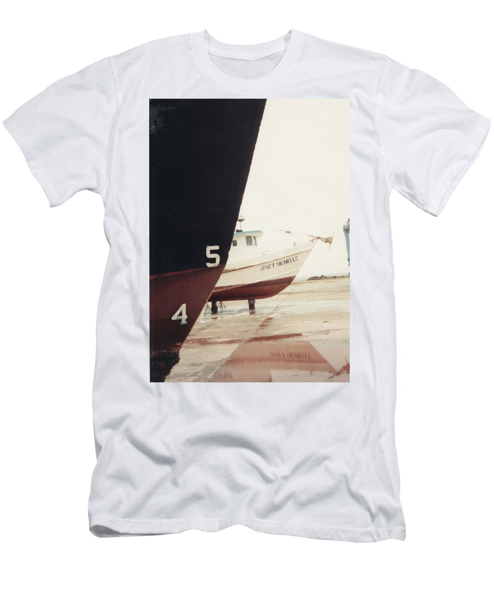 Boat Reflection Men's T-Shirt (Athletic Fit) featuring the photograph Boat Reflection And Angles by Cindy New