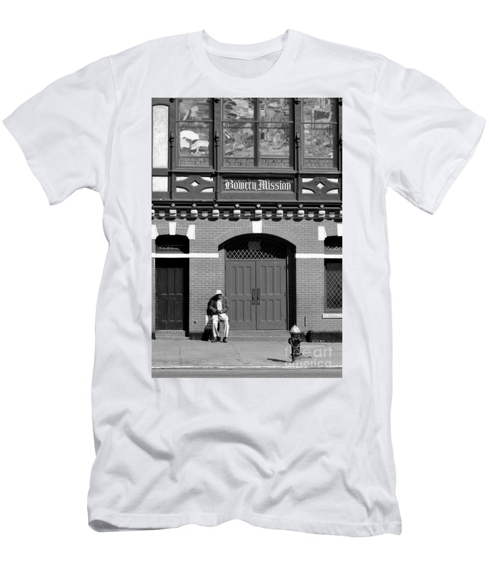 Bowery Men's T-Shirt (Athletic Fit) featuring the photograph Bowery Mission by Robert Scifo