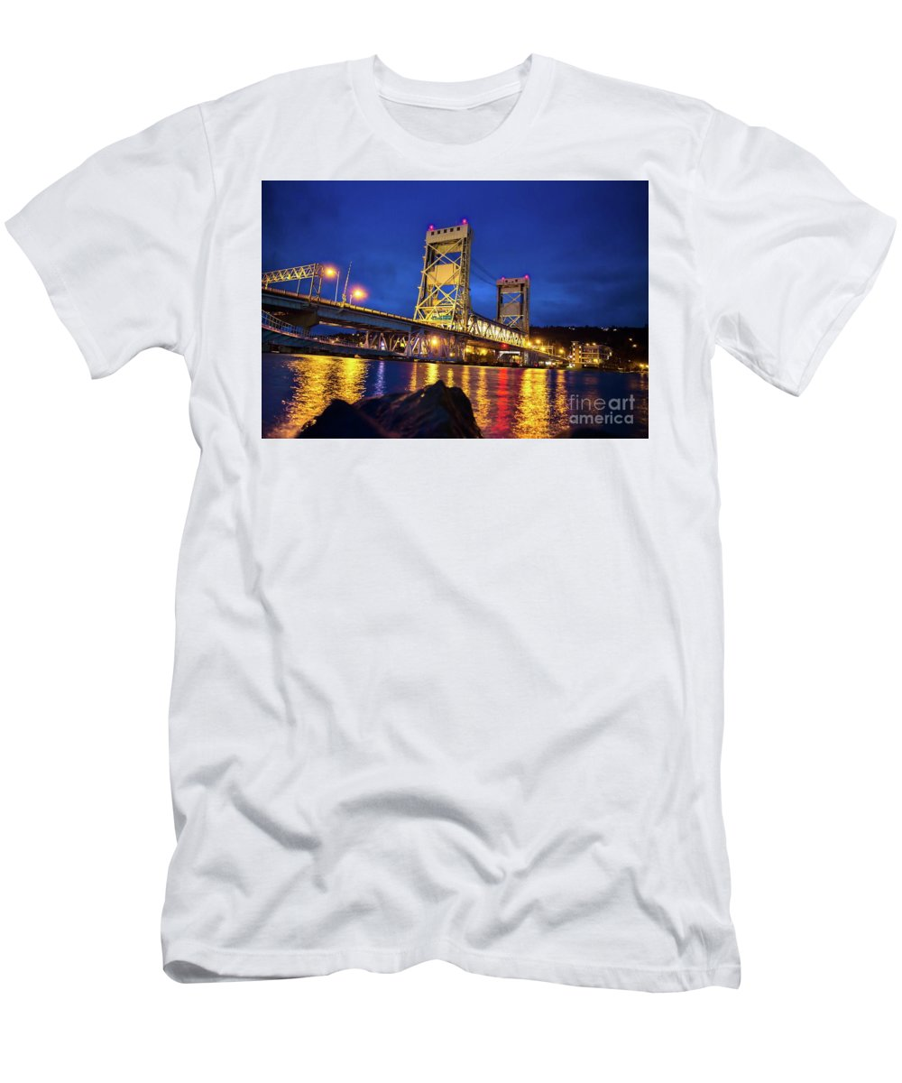 Bridge Men's T-Shirt (Athletic Fit) featuring the photograph Bridge Houghton/hancock Lift Bridge -2669 by Norris Seward