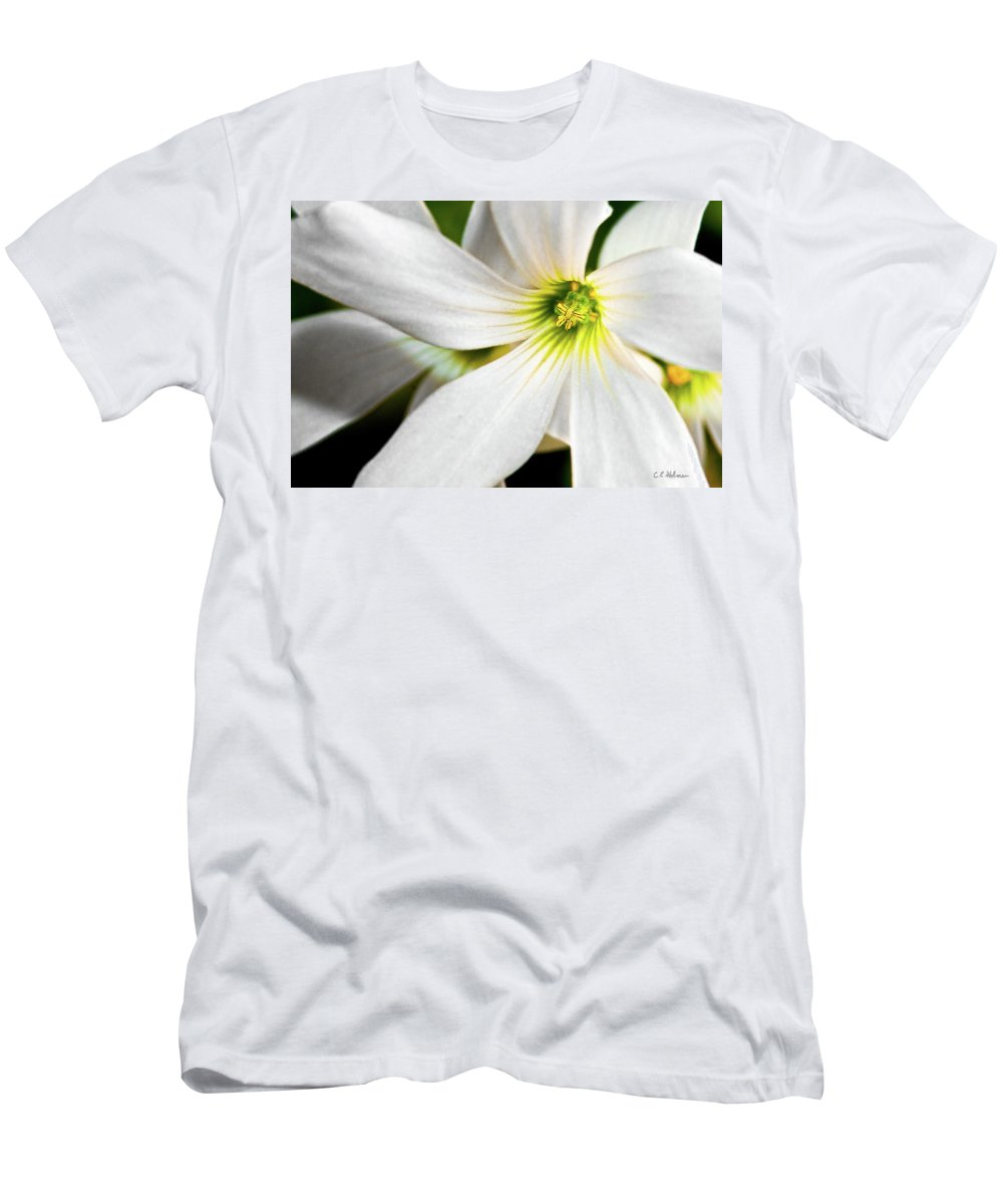 Flower Men's T-Shirt (Athletic Fit) featuring the photograph Bright Center by Christopher Holmes