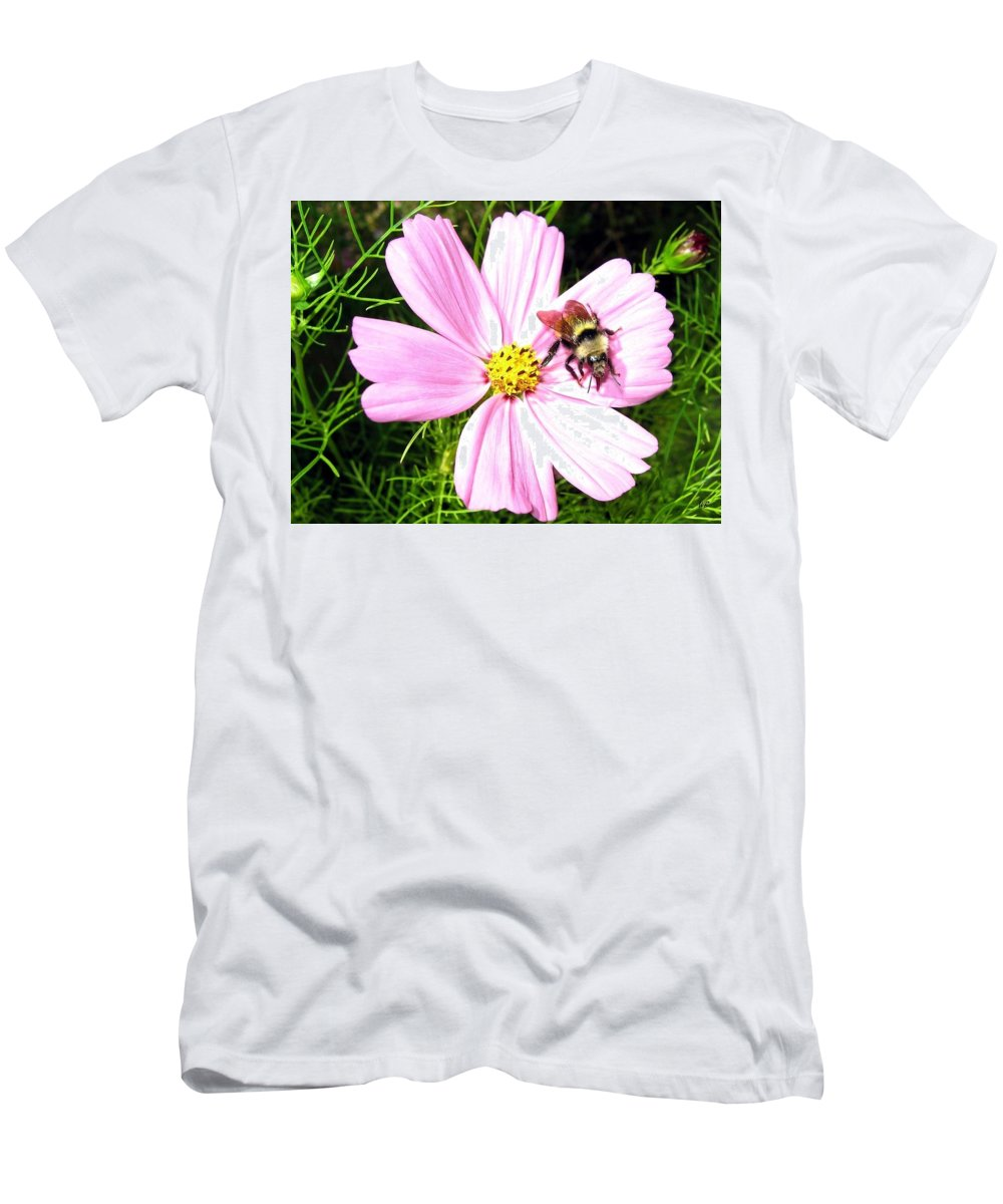 Bee Men's T-Shirt (Athletic Fit) featuring the photograph Busy Bee by Will Borden