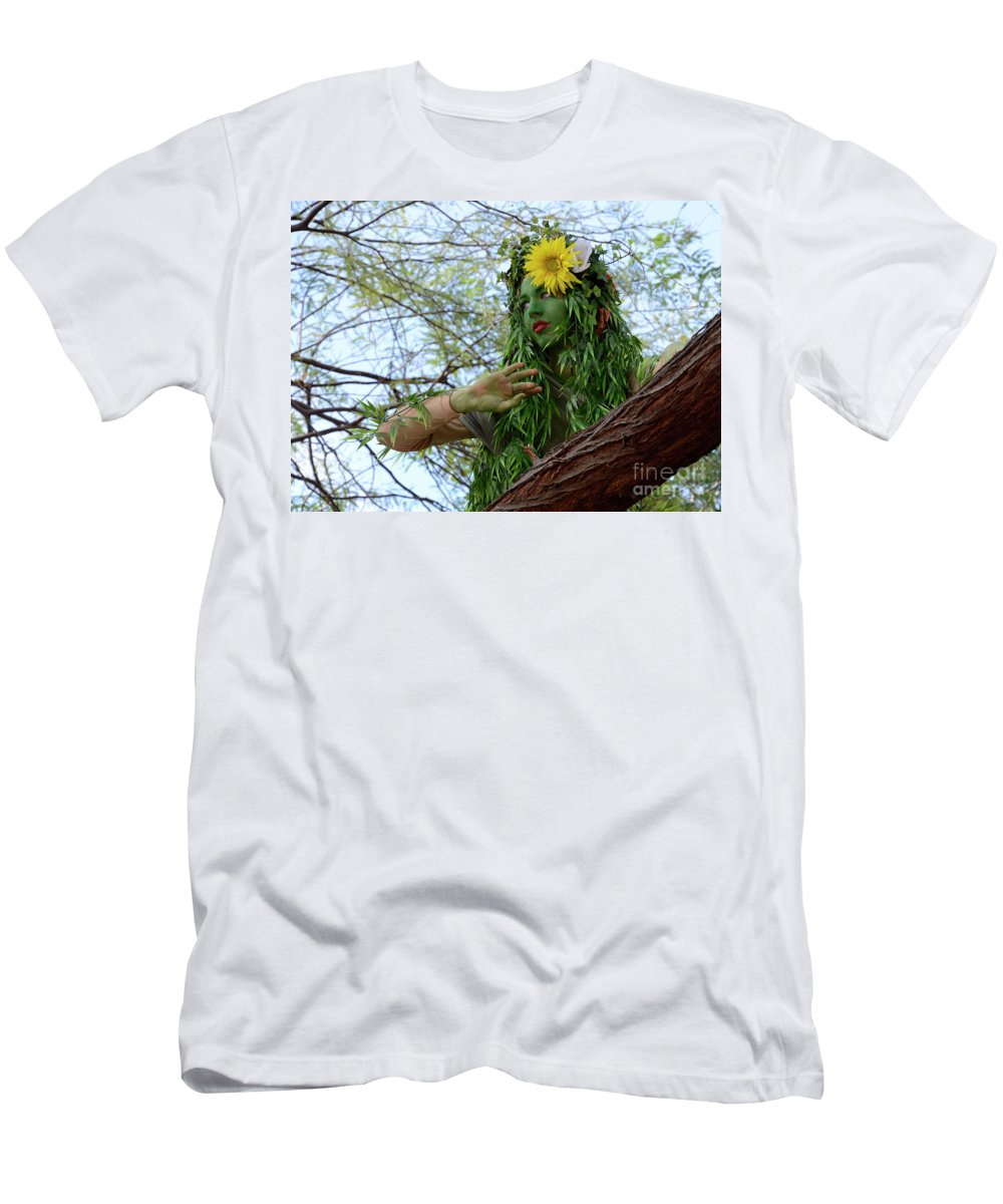 Enttertainer Men's T-Shirt (Athletic Fit) featuring the photograph California Girl 2 by Bob Christopher