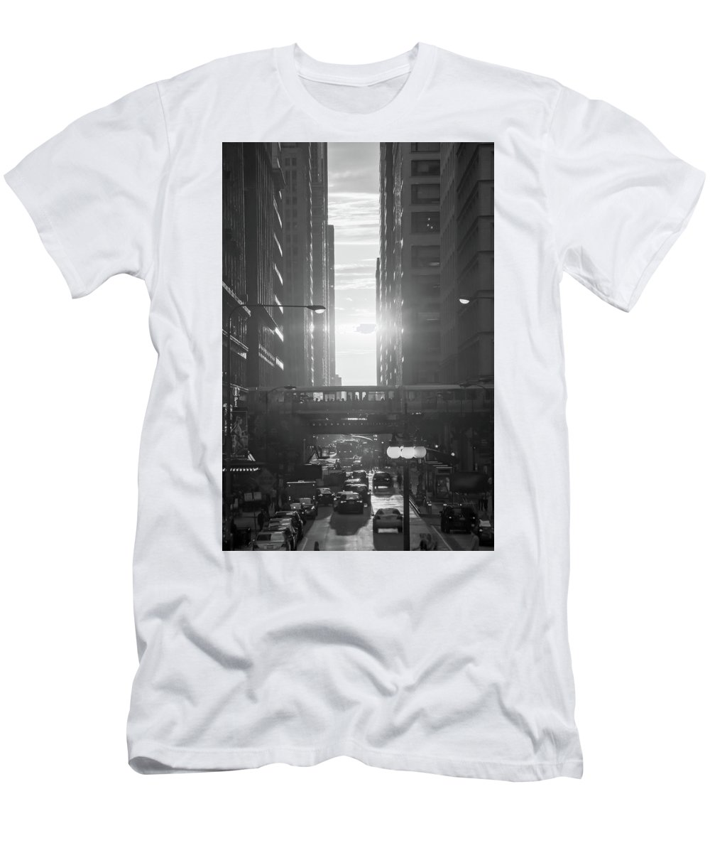 Chicago Men's T-Shirt (Athletic Fit) featuring the photograph Chicagohenge Bw by Tony HUTSON