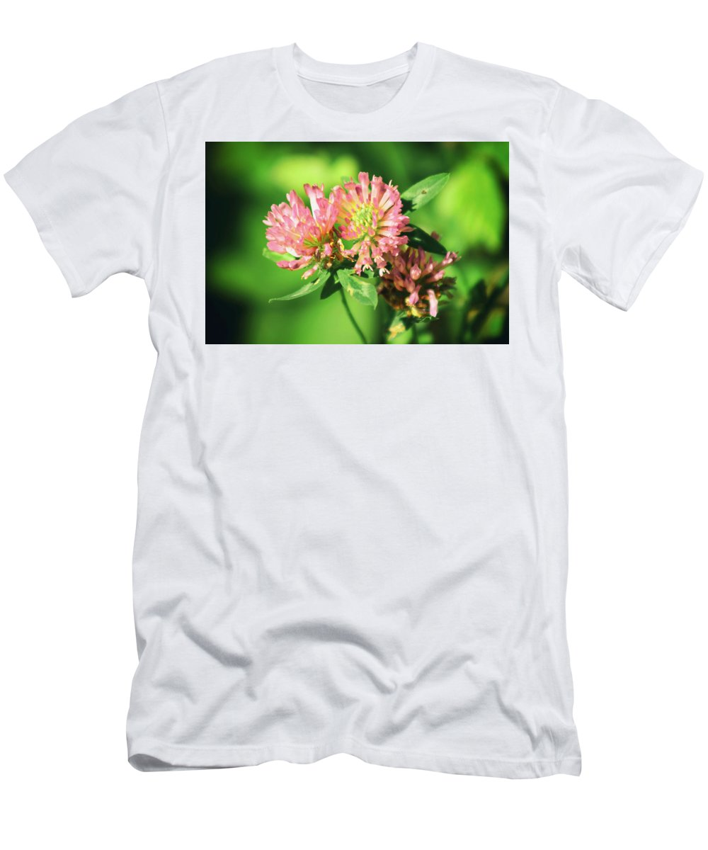 Flowers Men's T-Shirt (Athletic Fit) featuring the photograph Chives by Frances Lewis