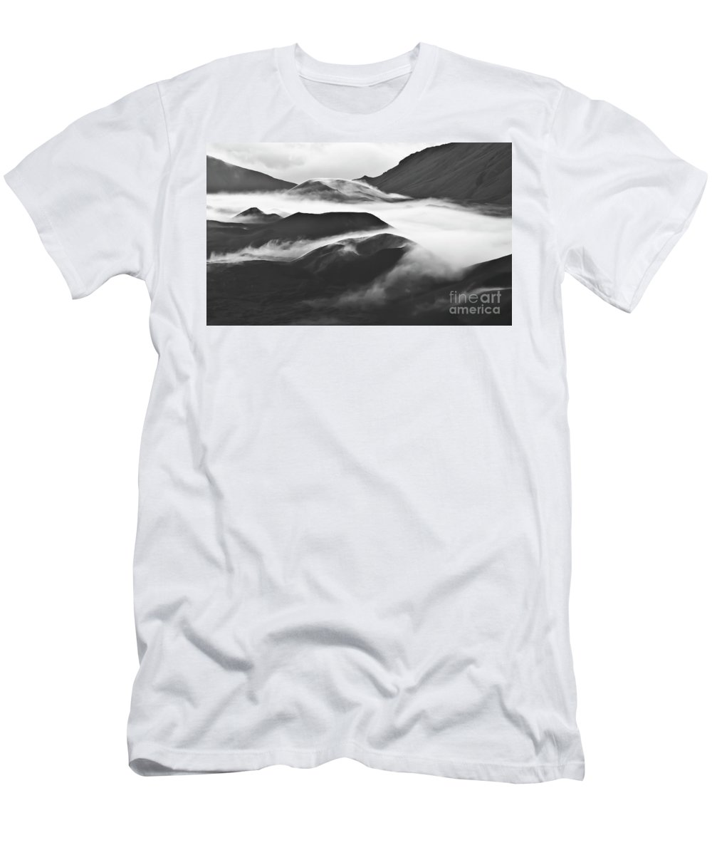 Mountains Men's T-Shirt (Athletic Fit) featuring the photograph Maui Hawaii Haleakala National Park Clouds In Haleakala Crater by Jim Cazel