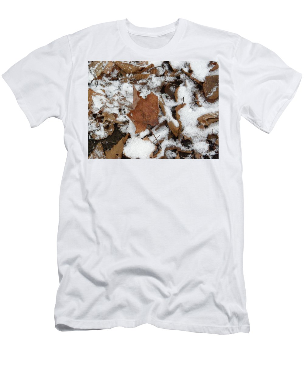 Leaves Men's T-Shirt (Athletic Fit) featuring the photograph Dead Leaves In The Snow by Alice Markham