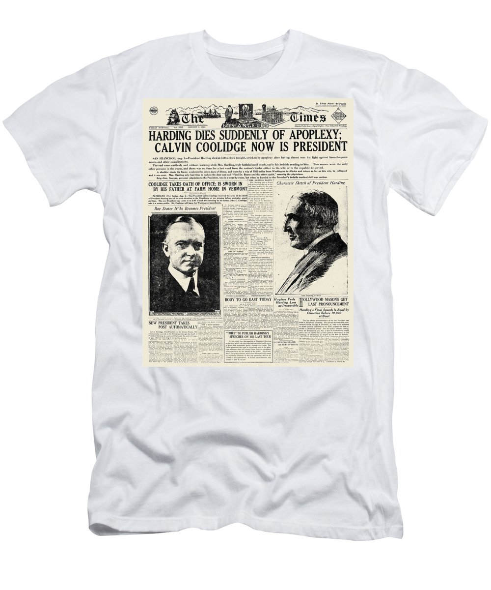 1923 Men's T-Shirt (Athletic Fit) featuring the photograph Death Of Harding, 1923 by Granger