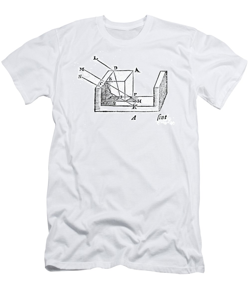 Historic Men's T-Shirt (Athletic Fit) featuring the photograph Diagram Showing Refraction, Kepler, 1611 by Wellcome Images