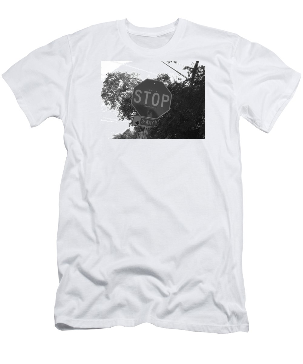 Black And White Men's T-Shirt (Athletic Fit) featuring the photograph Don't Stop Believing by Doug Hansen
