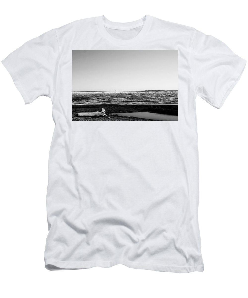 Landscape Men's T-Shirt (Athletic Fit) featuring the photograph Driftwood On Arctic Beach Balck And White by Anthony Jones