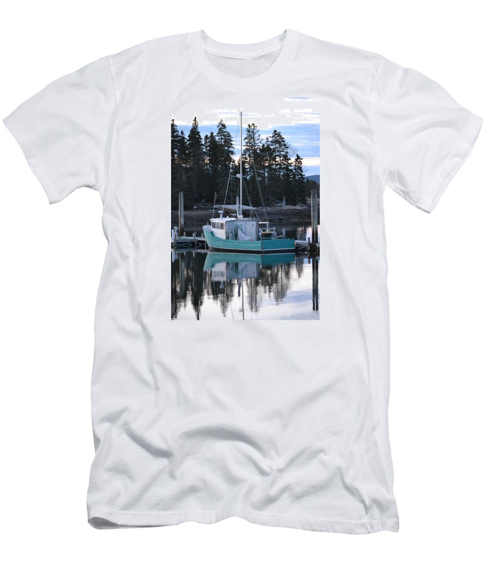 Evening Men's T-Shirt (Athletic Fit) featuring the photograph Evening Boat by Beverly Webster