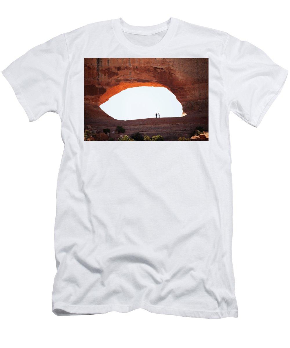 Window Rock Men's T-Shirt (Athletic Fit) featuring the photograph Eye Of He Rock by Warren Still