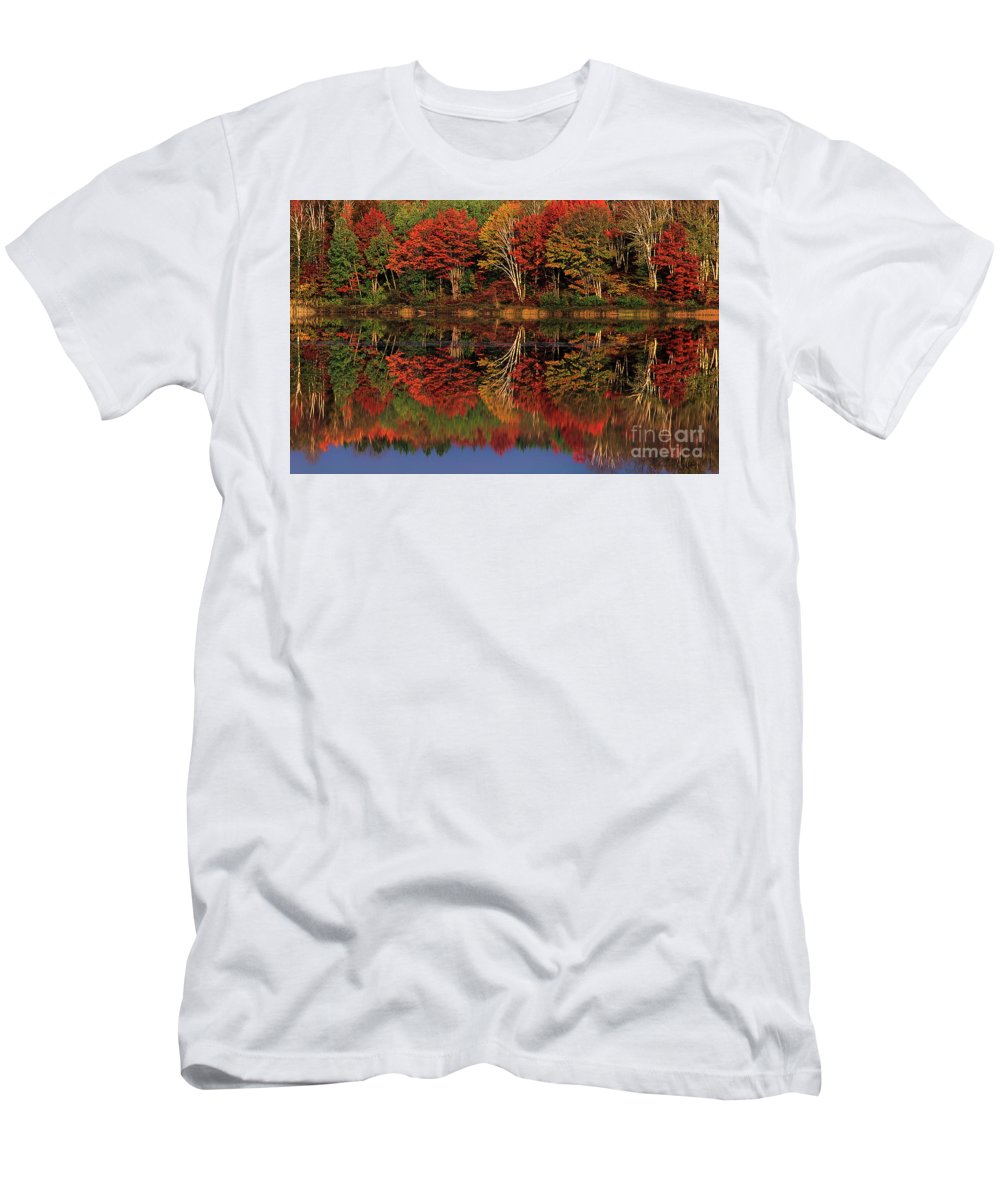 Dave Welling Men's T-Shirt (Athletic Fit) featuring the photograph Fall Color Reflected In Thornton Lake Michigan by Dave Welling