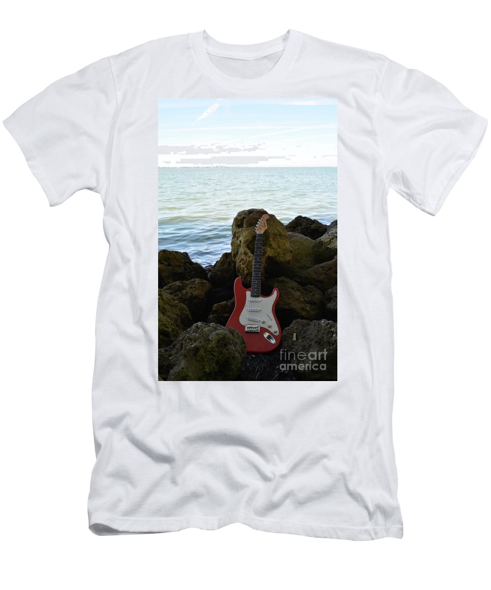 Fender Men's T-Shirt (Athletic Fit) featuring the photograph Fender On The Rocks by To-Tam Gerwe