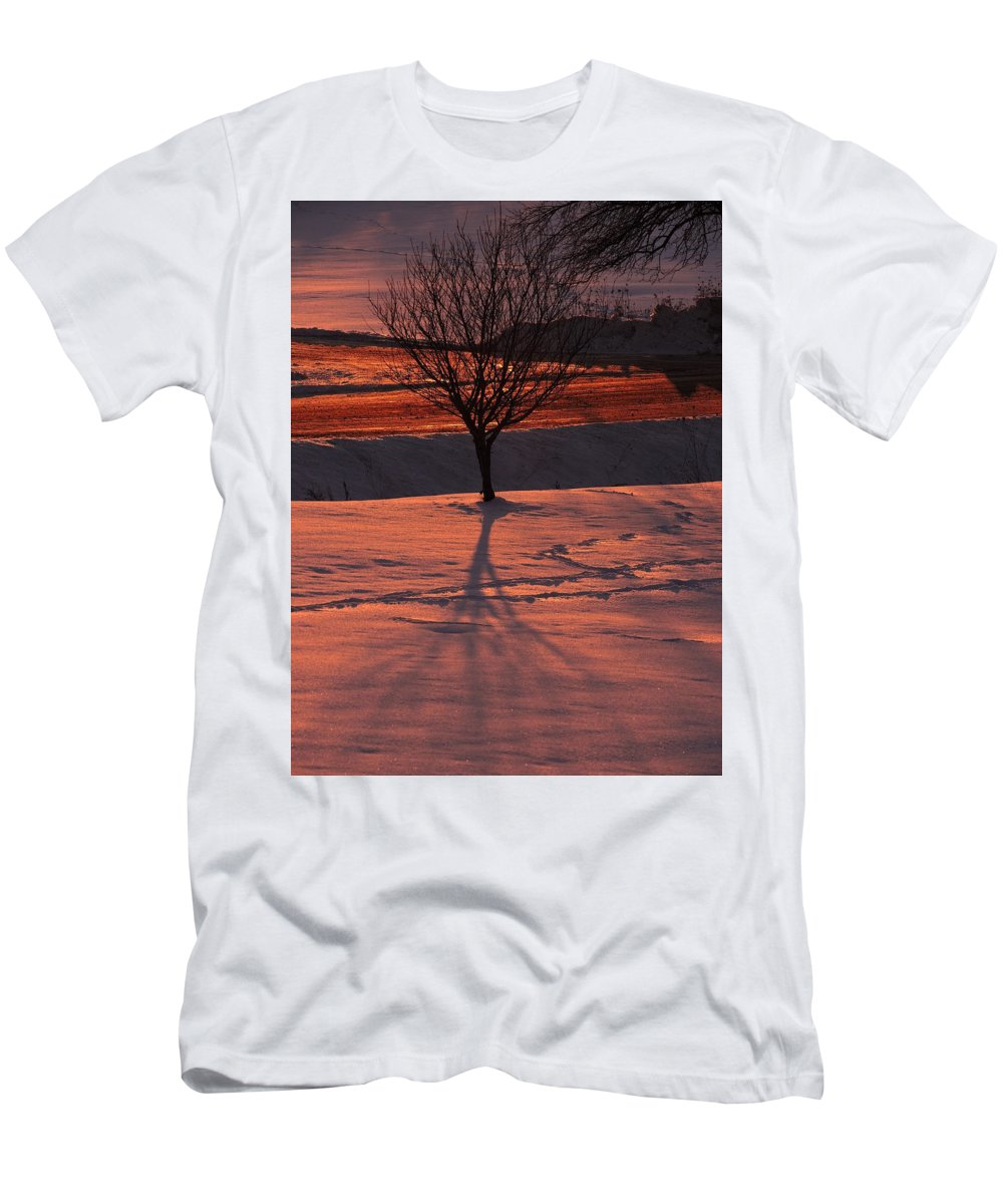 New England Men's T-Shirt (Athletic Fit) featuring the photograph Fire And Ice by Susan Russo